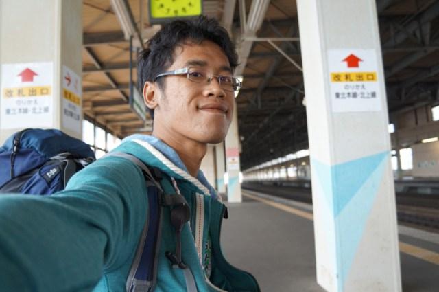 Traveling ala backpacker? Sendiri? Berarti selfie unlimited :D