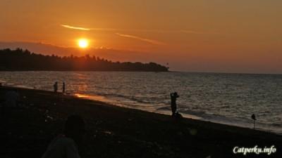 Sunset di utara Bali