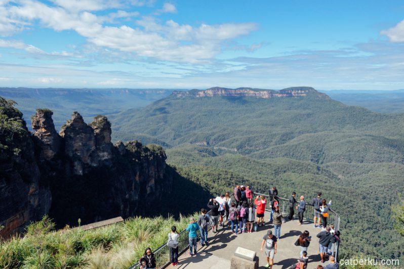 Blue Mountains ini salah satu tempat favorit liburan di Sydney loh!