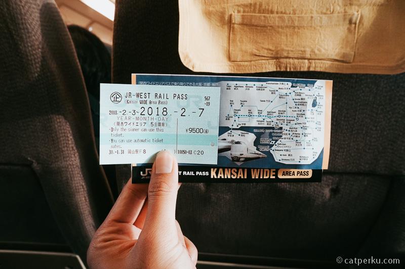 Dari Osaka kalian bisa pergi liburan ke Okayama dengan JR-WEST Raill Pass.
