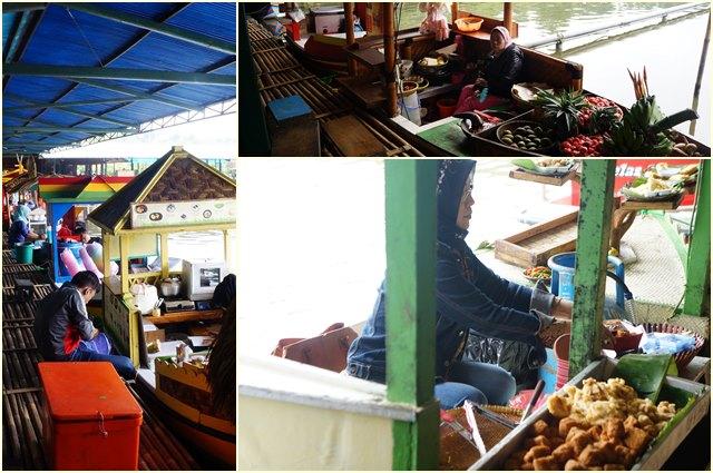 Di Floating Market Lembang saya bisa beli makanan langsung dari atas perahu.