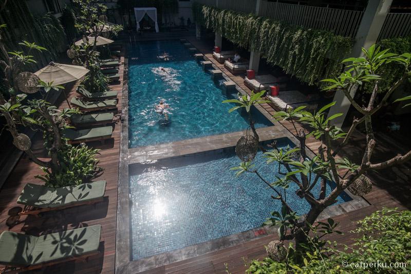 Hotel Neo+ Legian dekat kemana-mana, bahkan beberapa daya tarik utama area Kuta bisa dijangkau dengan jalan kaki