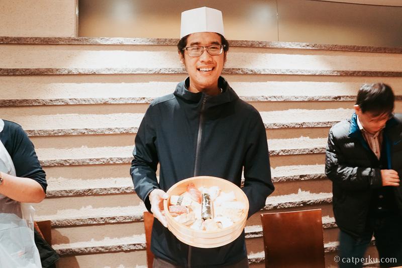 Kali ini chef Fahmi membuat Sushi sendiri~