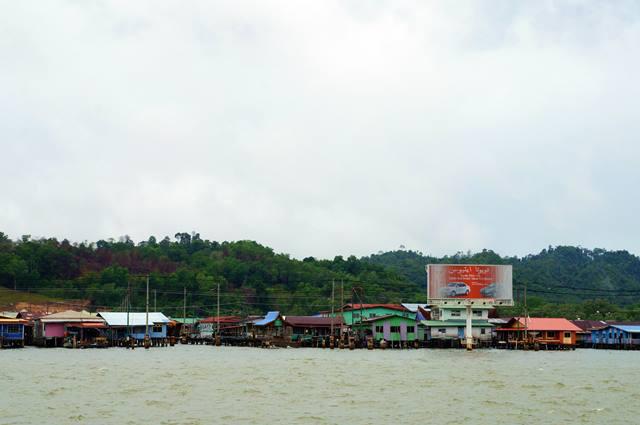 Kampong Ayer Adalah Destinasi Yang Unik Di Brunei, Dan Tentunya Sayang Sekali Kalau Dilewatkan.