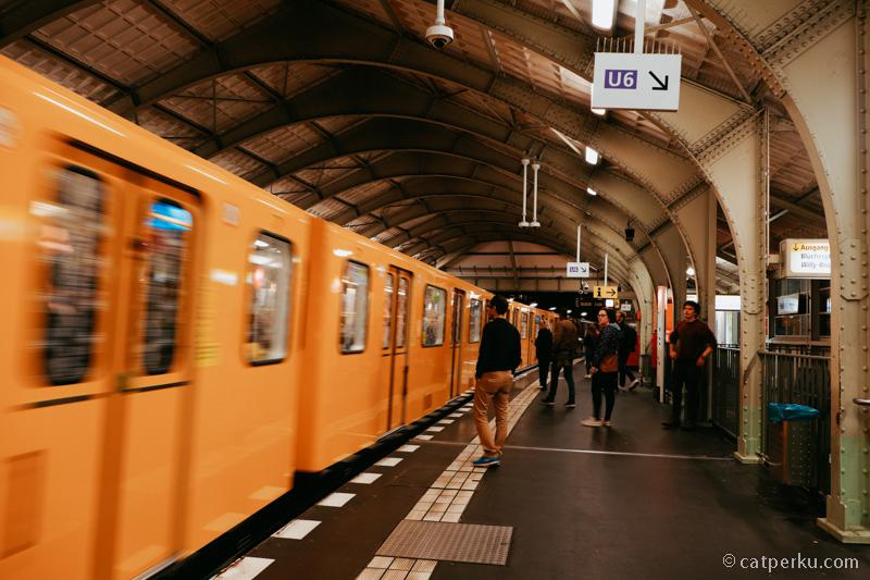 Kereta bawah tanah di Berlin.