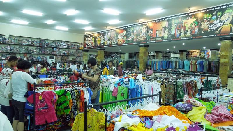 Krisna buka 24 jam untuk yang ingin beli oleh-oleh di Bali kapan saja