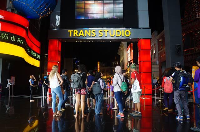 Mari kita menjelajah Trans Studio Bandung!