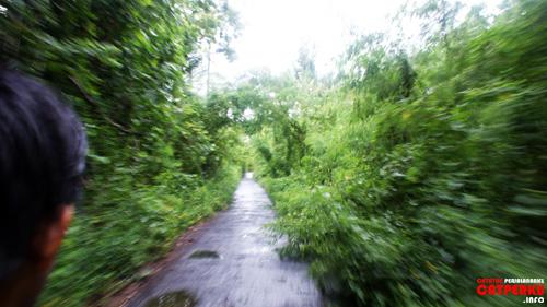 Naik sepeda motor keliling Nusa Lembongan? Siapa takut!!