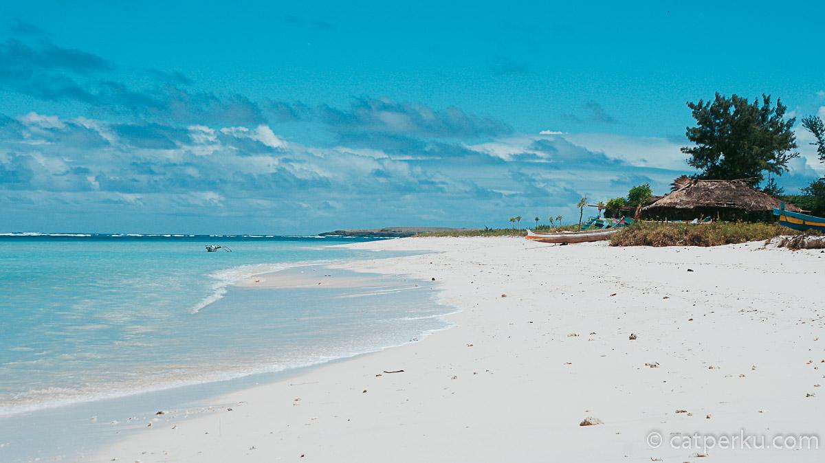 Pantai Cemara Lombok Timur Atau Pantai Cemare Lombok Barat Ya