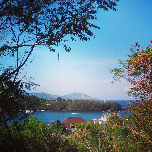 Pelabuhan Padang Bai terlihat dari jalur menuju ke Pantai Bias Tugel :)