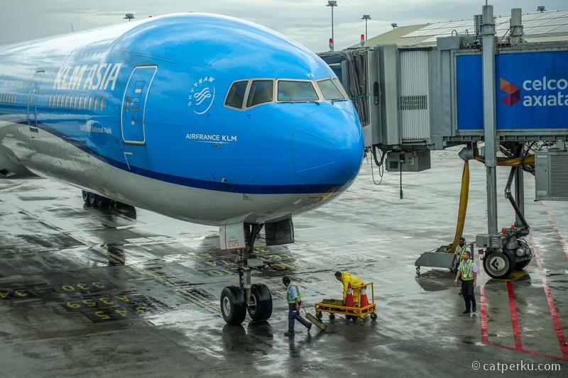 Persiapan sebelum terbang ke Jakarta dari Kuala Lumpur