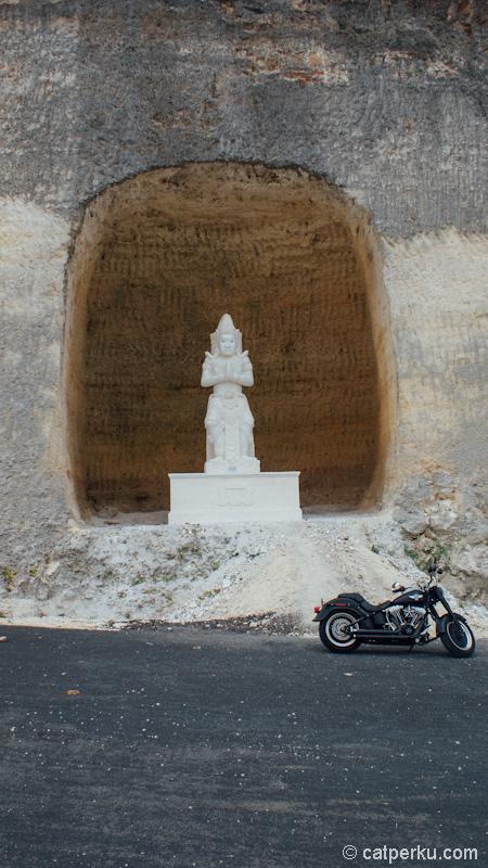 Salah satu patung Pandawa Lima