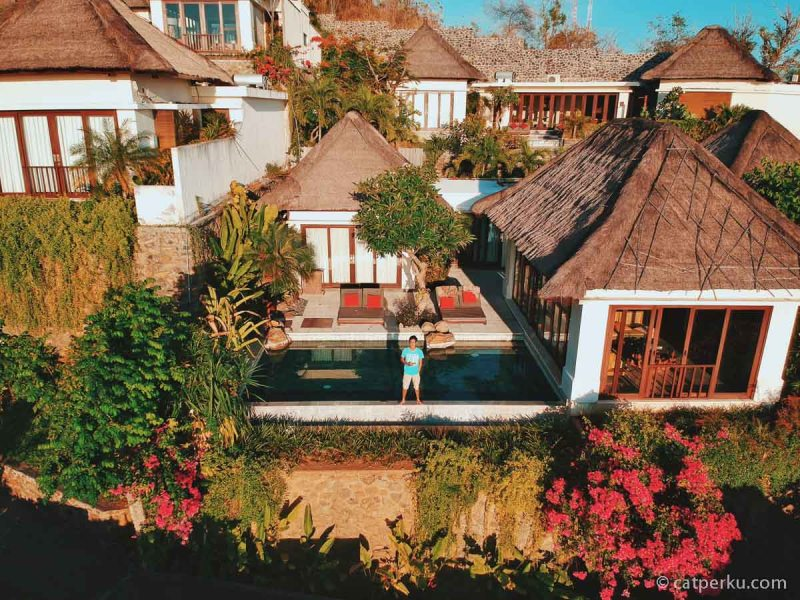 Sengaja bangun pagi buat ambil foto udara The Griya Villas And Spa di pagi hari kayak gini