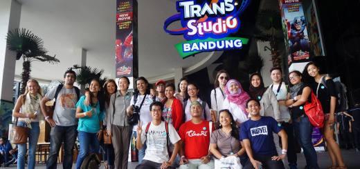 Seru - Seruan Di Trans Studio Bandung Bareng Travel Blogger Internasional!