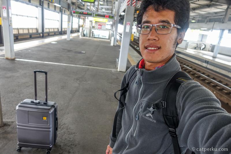 Setelah adegan selfie ini, saya salah naik kereta