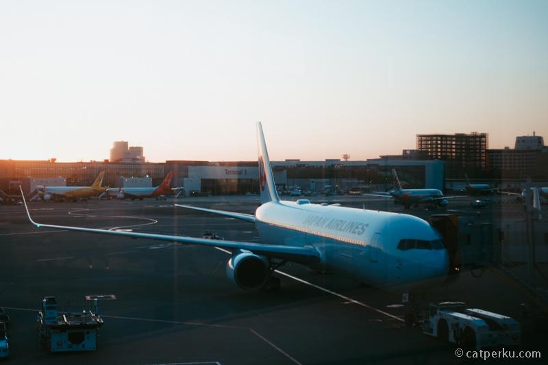Sore hari di Bandara Narita