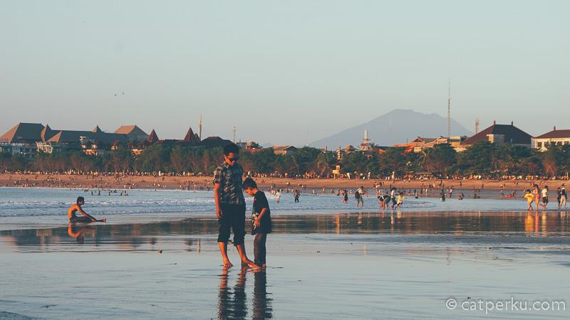 Tips wisata ke Pantai Kuta Bali agar liburan menjadi lebih asik lagi!