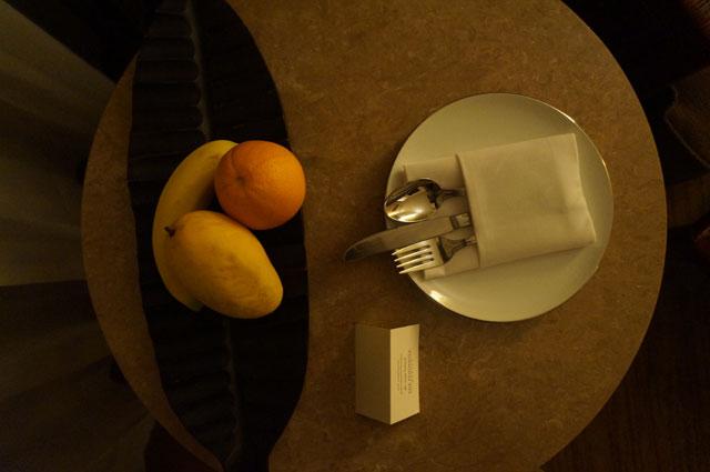 Ada juga buah segar yang bisa disantap!