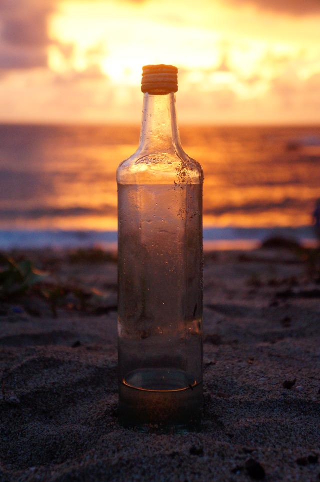 Tapi ingat kawan, hidup tidaklah pernah sekosong botol ini.