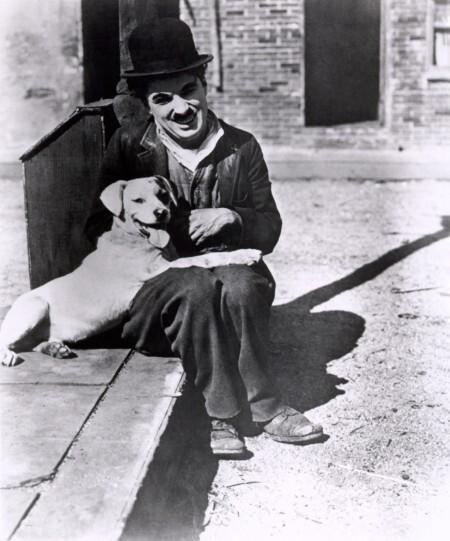 Chaplin_Charlie_A_Dogs_Life_01
