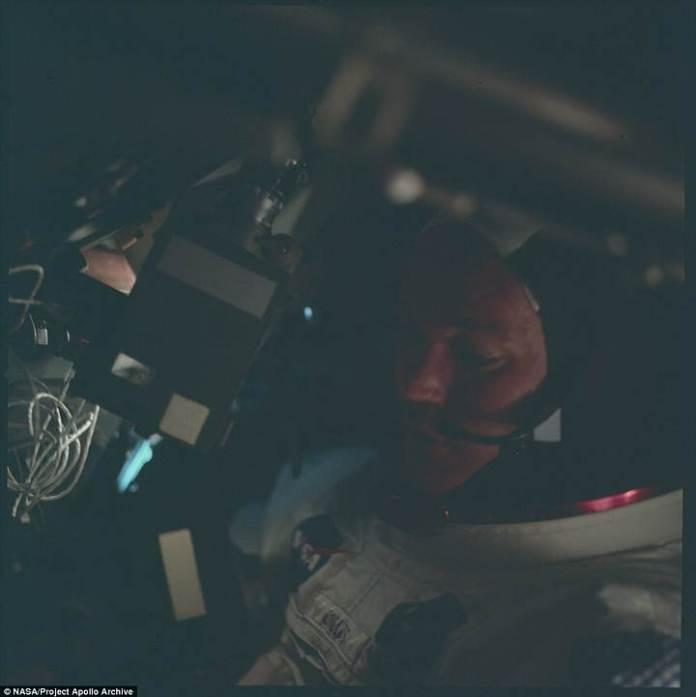 Michael Collins, piloto del módulo de comando.