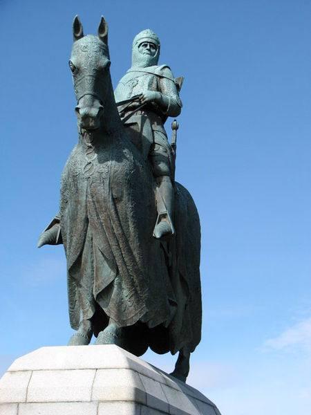 Estatua de Robert the Bruce en Bannockburn, Escocia.