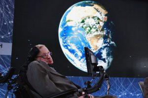 sthephen Hawking aseguraba que Trump podría destruir la tierra al morir