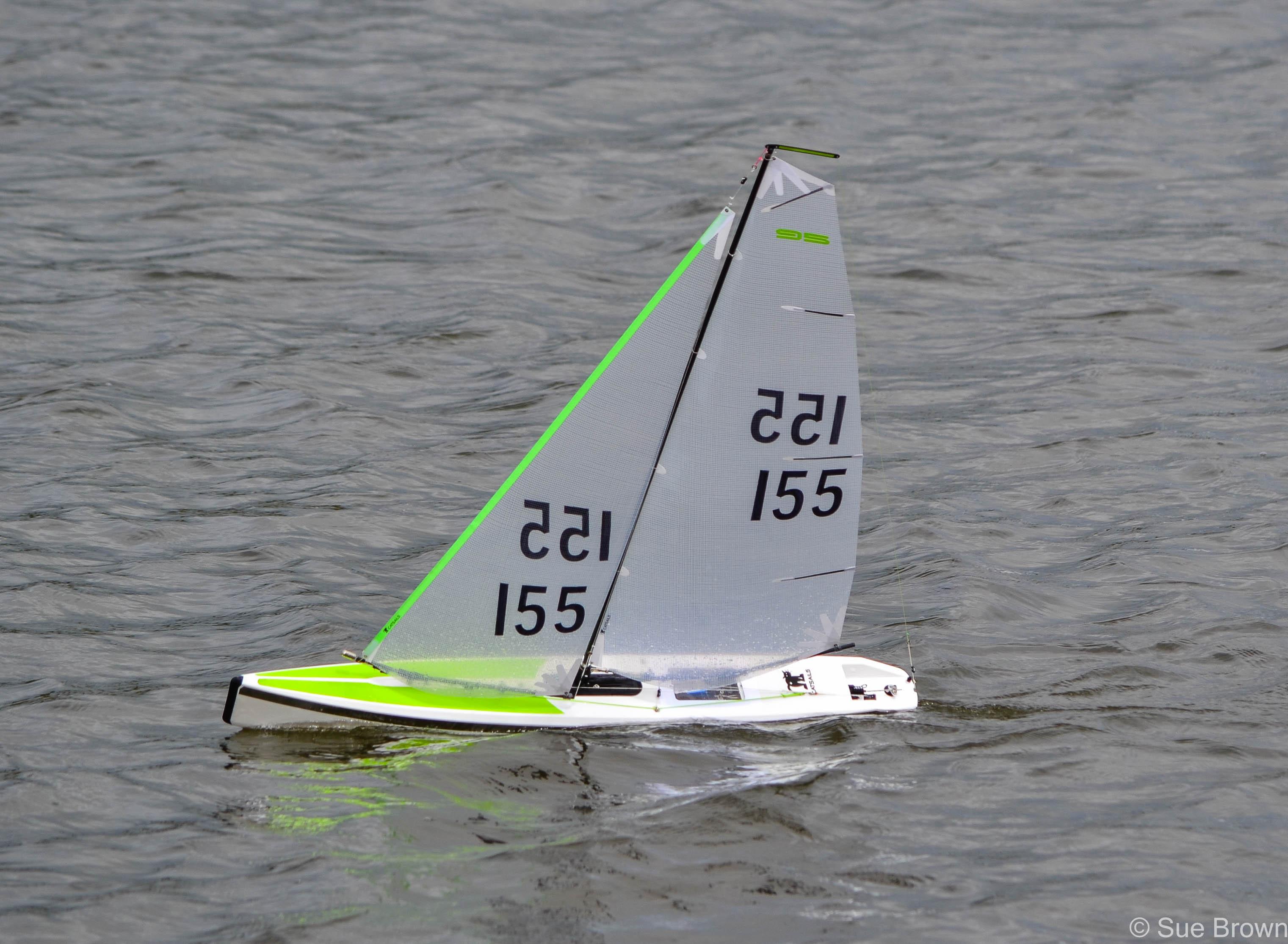 DF95 A Sail Suit
