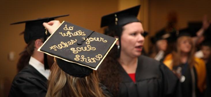 dec-2016-graduation-19-of-113