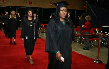 dec-2016-graduation-72-of-113