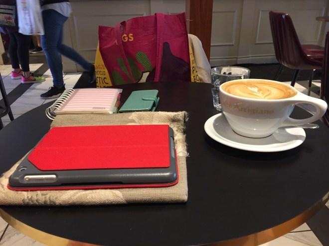 Coffee ipad and work Novel progress