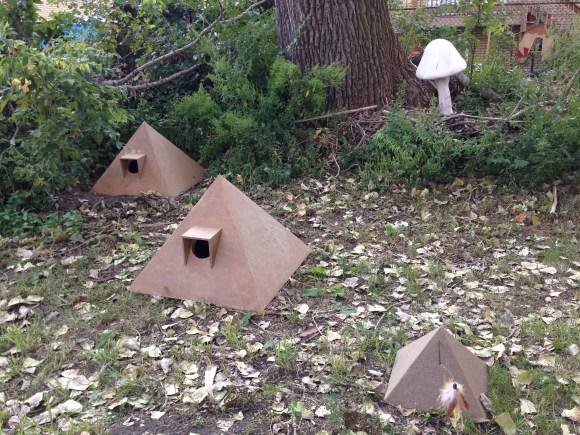 pyramid cat house