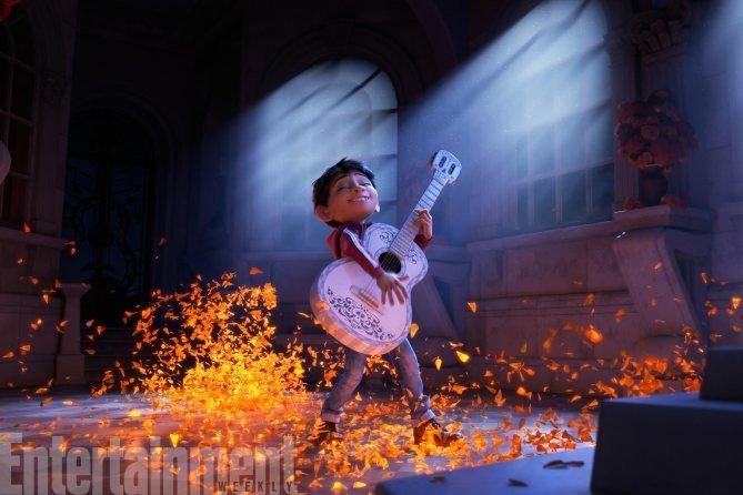 Disney • Pixar's Upcoming Animated Film COCO in Theatre 11/22