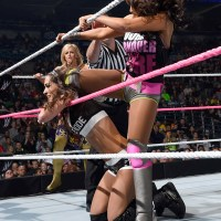 WWE MAIN EVENT RESULTS: Brie Races As Far Away From Her Sisters Loss Record As She Can (September, 30th 2014)