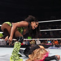 WWE SMACKDOWN RESULTS: Naomi Looks To Make One Last Statement Before Possible Pay Per View Win (April, 23rd 2015)