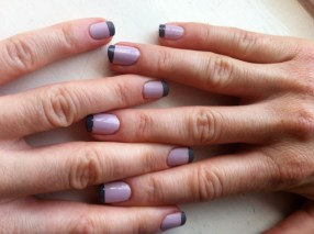Back to matte- the matte coat (on left hand) gives a sleek, smooth finish compared to no top coat (on right hand)