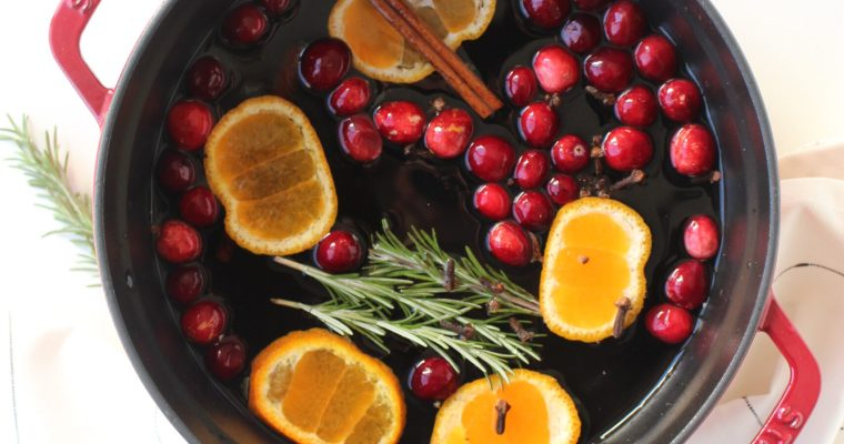 DIY Holidays:  Christmas Simmer Pot Home Fragrance