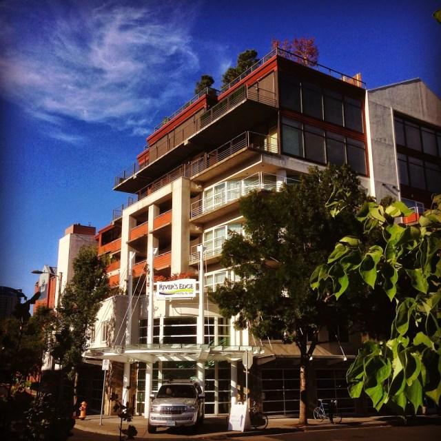 Catz on the Move: River\'s Edge Hotel & Spa (Portland, OR) - Catz in ...