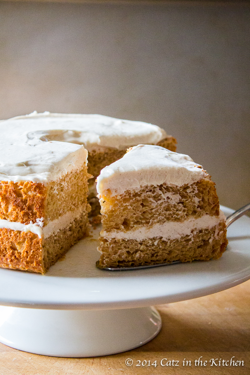 Angel Food Cake With Peppermint Frosting