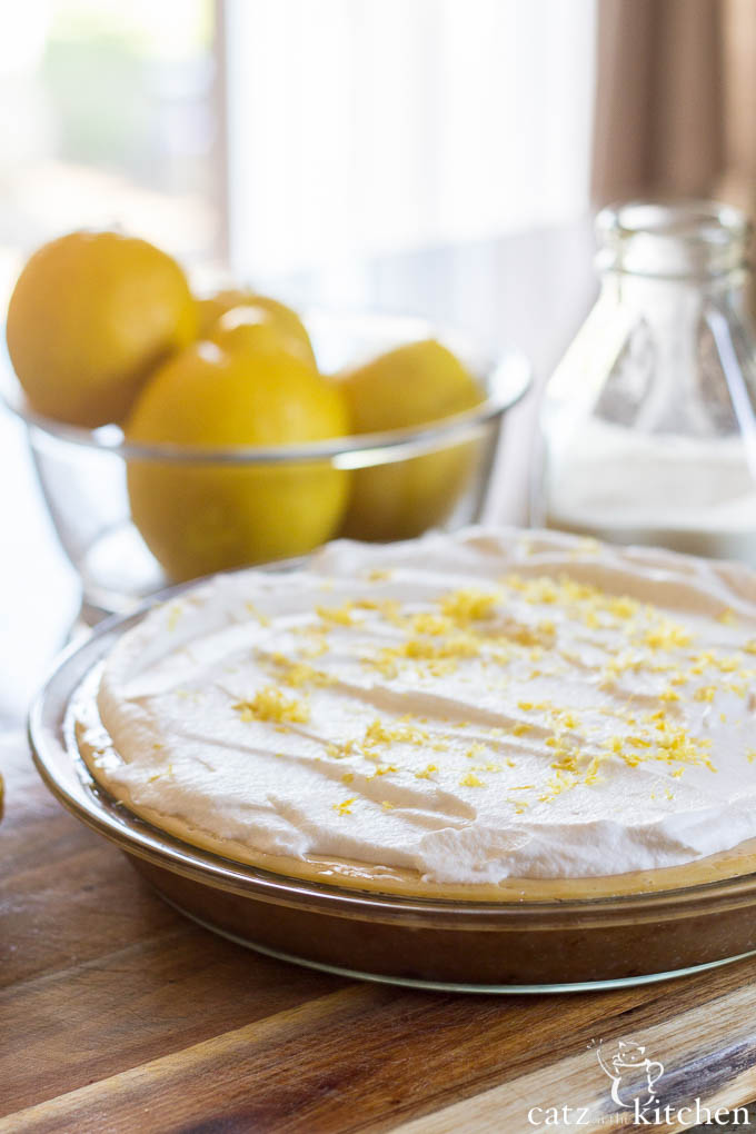 Lemon Cream Pie | Catz in the Kitchen | catzinthekitchen.com #FathersDay