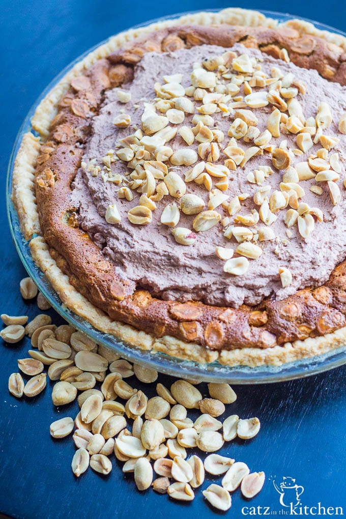 Old-Fashioned Peanut Butter Pie | Catz in the Kitchen | catzinthekitchen.com #FathersDay