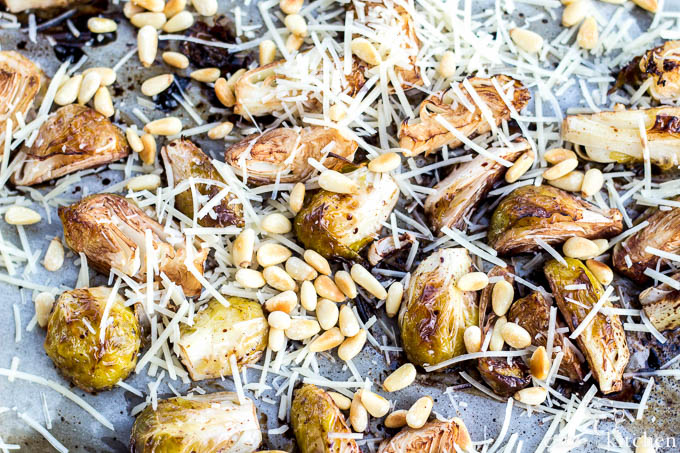 Balsamic Roasted Brussels Sprouts   Catz in the Kitchen   catzinthekitchen.com #balsamic