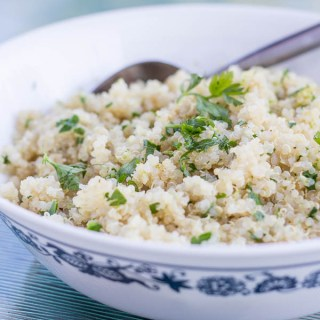 Cilantro Lime Quinoa | Catz in the Kitchen | catzinthekitchen.com #quinoa