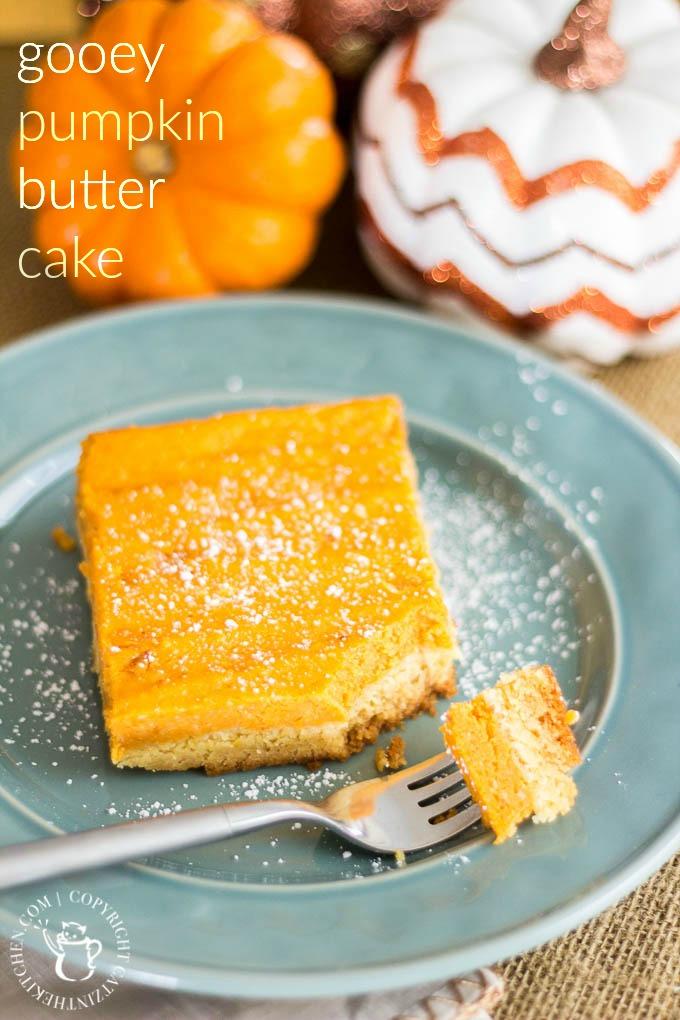 Gooey Pumpkin Butter Cake | Catz in the Kitchen | catzinthekitchen.com | #cake #recipe #pumpkin #Thanksgiving