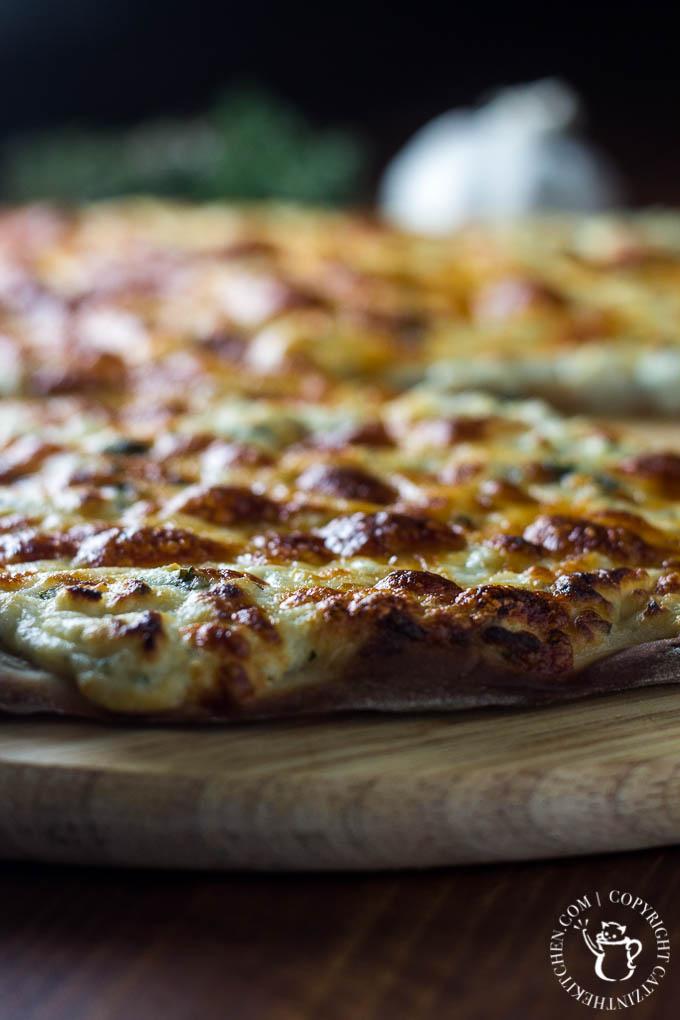 Garlic Three Cheese Pizza   Catz in the Kitchen   catzinthekitchen.com   #recipe #cheese #garlic #pizza