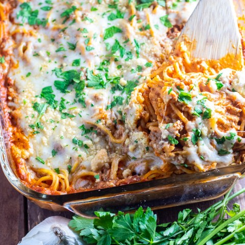 These easy recipe for a quick baked spaghetti is perfect for a family meal at home, or better yet, bringing a meal to someone who needs one!