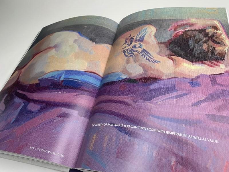 Extrait de l'artbook Muse, dessin d'une femme taouée allongée nue sur son lit.