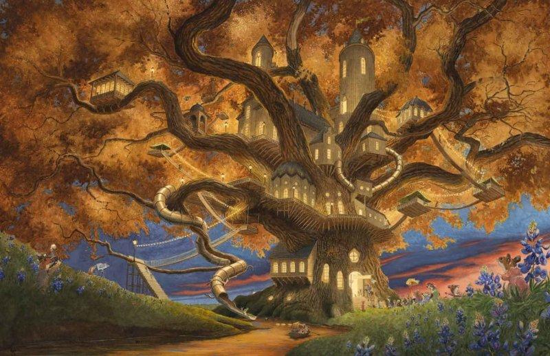 Une grande et belle cabane commune dans un arbre.