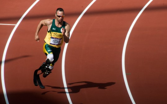 Oscar_Pistorius,_the_first_round_of_the_400m_at_the_London_2012_Olympic_Games