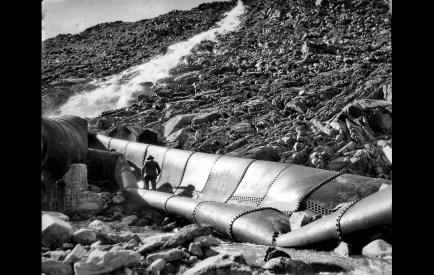 fa_465_aqueductvandalism970